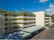 View 101 N Grandview St # 203 Mount Dora FL