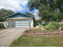 View 1705 Spring Lake Rd Fruitland Park FL