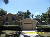 View 305 W Fountain St Fruitland Park FL